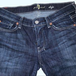 Size 27 EUC Dojo wide leg jeans